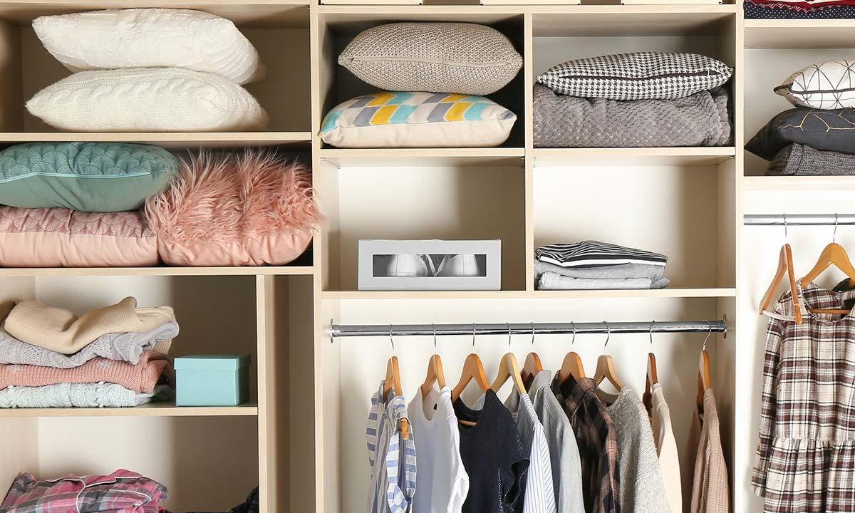 Como organizar roupas de cama
